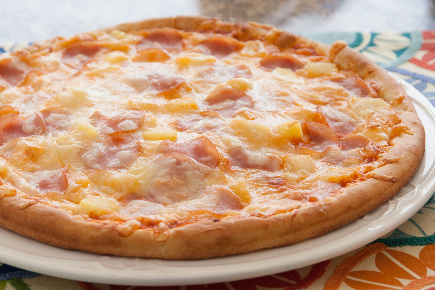 Hawaiian Pizza Rhodes Bake N Serv