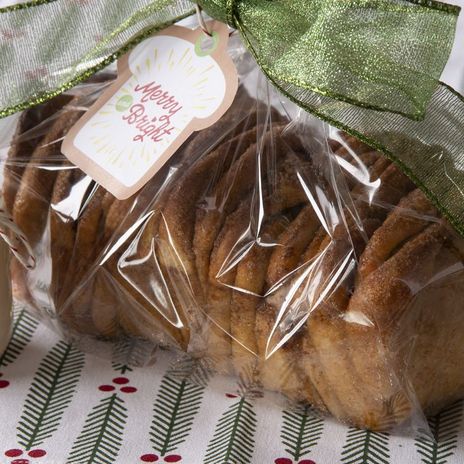 Gift-giving-Cinnamon-Slices